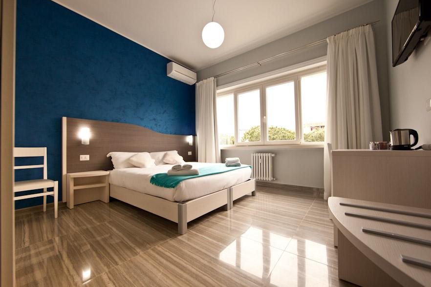 Star of rome stanze e foto hotel bed and breakfast a for Stanza studio roma